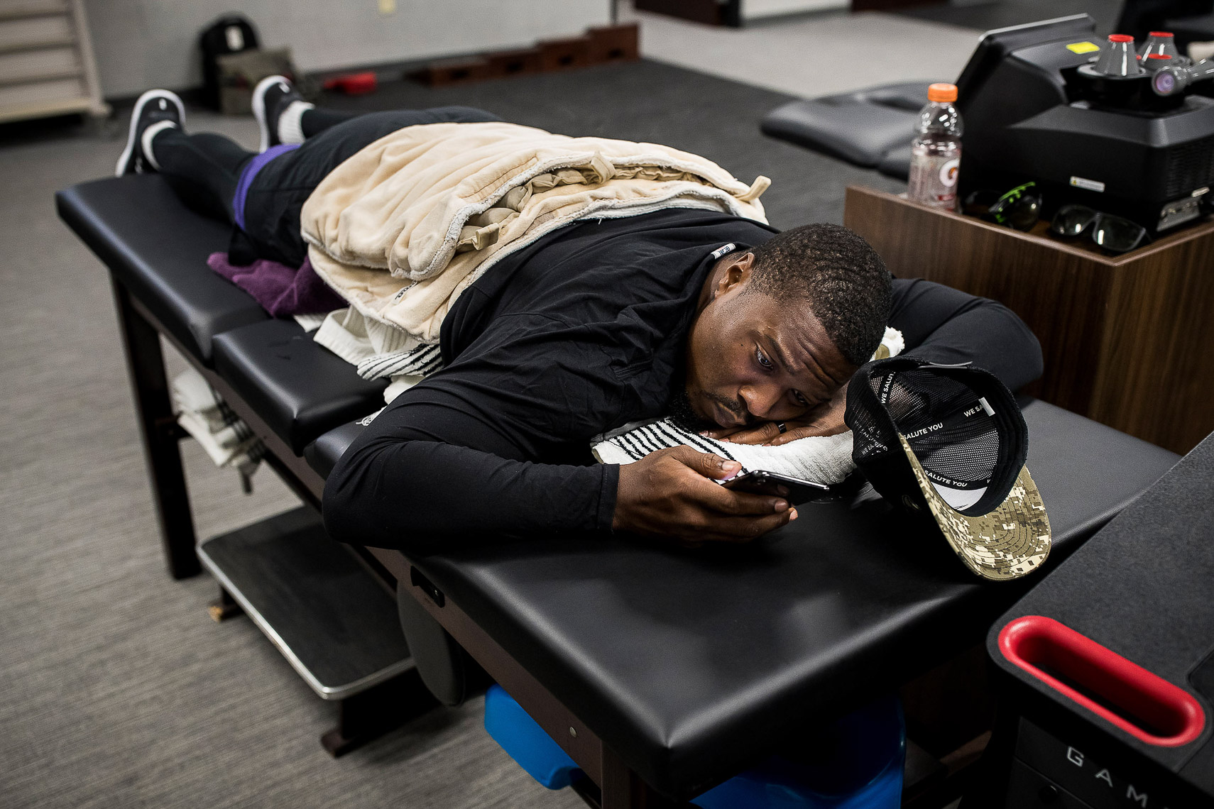 A day in the life of an NFL player documentary story by Baltimore photojournalist Shawn Hubbard