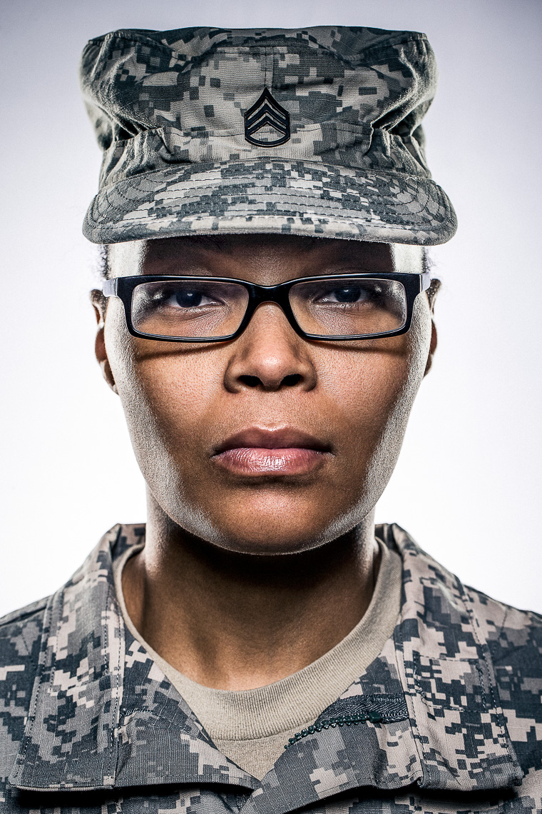 portrait08_ Baltimore Washington D.C. creative editorial portrait photographer based in Baltimore City editorial portraiture and lifestyle photography photos of military army marines portraits female servicewoman