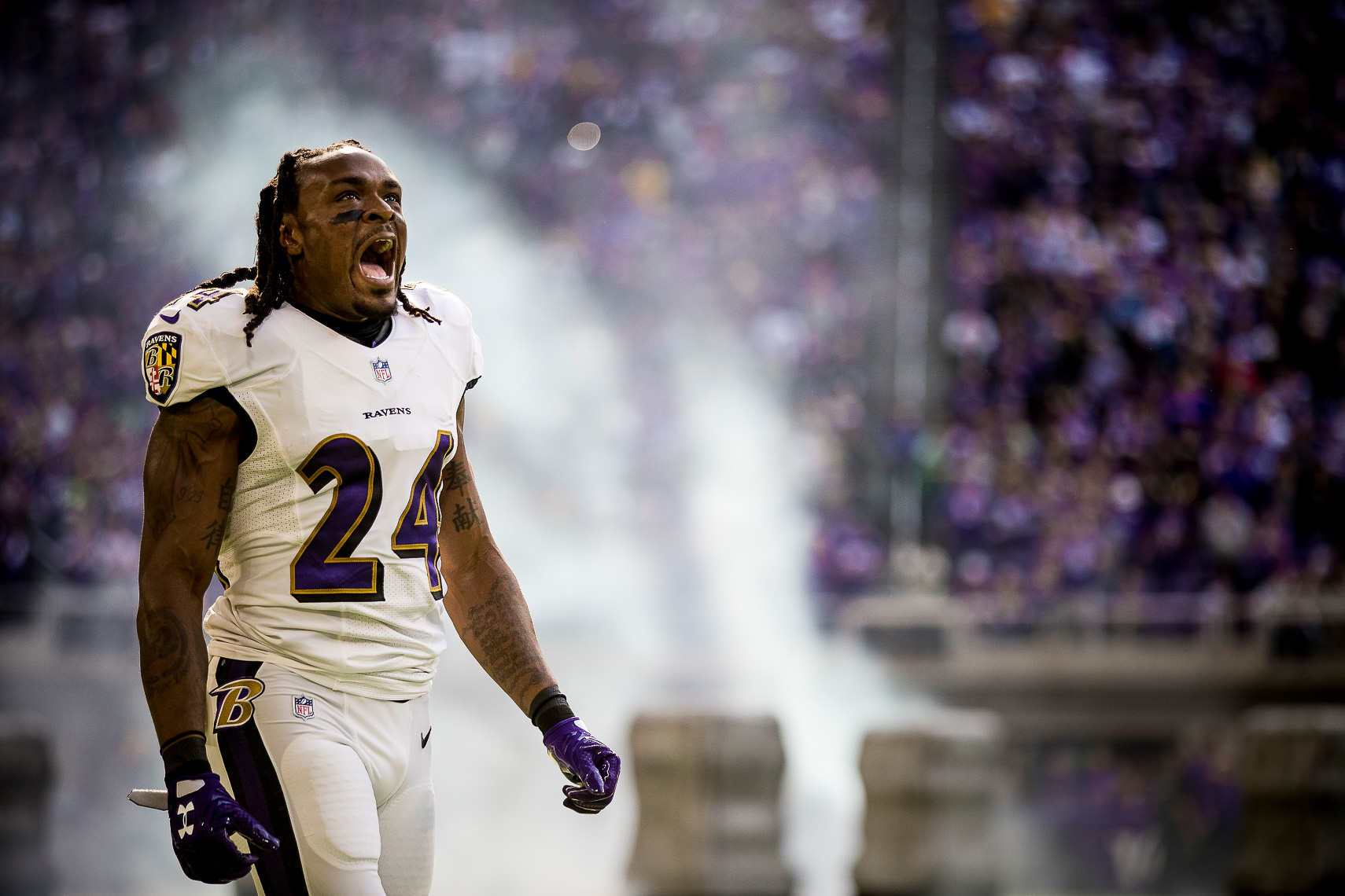 ravens16  NFL Baltimore Ravens photos NFL behind the scenes documentary sports photographer photo of Brandon Carr