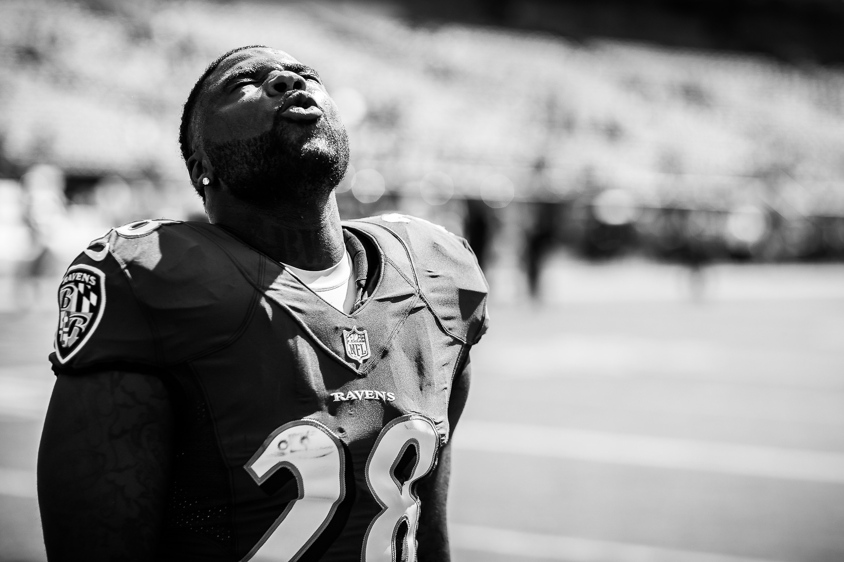 ravens21  NFL Baltimore Ravens photos NFL behind the scenes documentary sports photographer photo of running back Terrance West