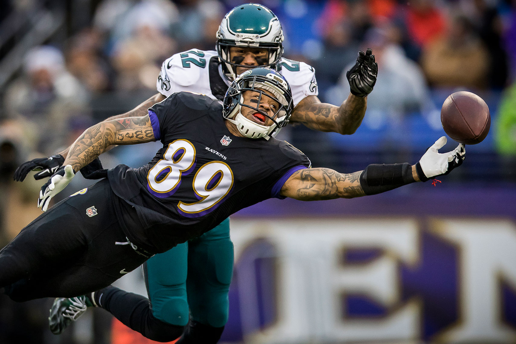 ravens28  NFL Baltimore Ravens photos NFL behind the scenes documentary sports photographer photo of receiver Steve Smith Sr.