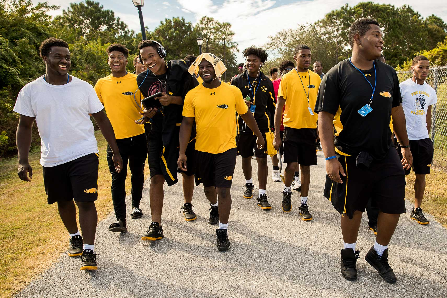 stfrances25_  poverty ESPN documentary MIAA Champions youth football team coach Biff Poggi versus IMG Academy football bradenton florida